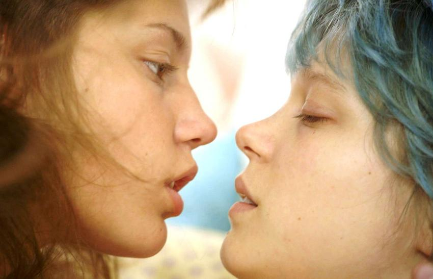 n-la-vie-d-adele-blue-is-the-warmest-color-3351-16