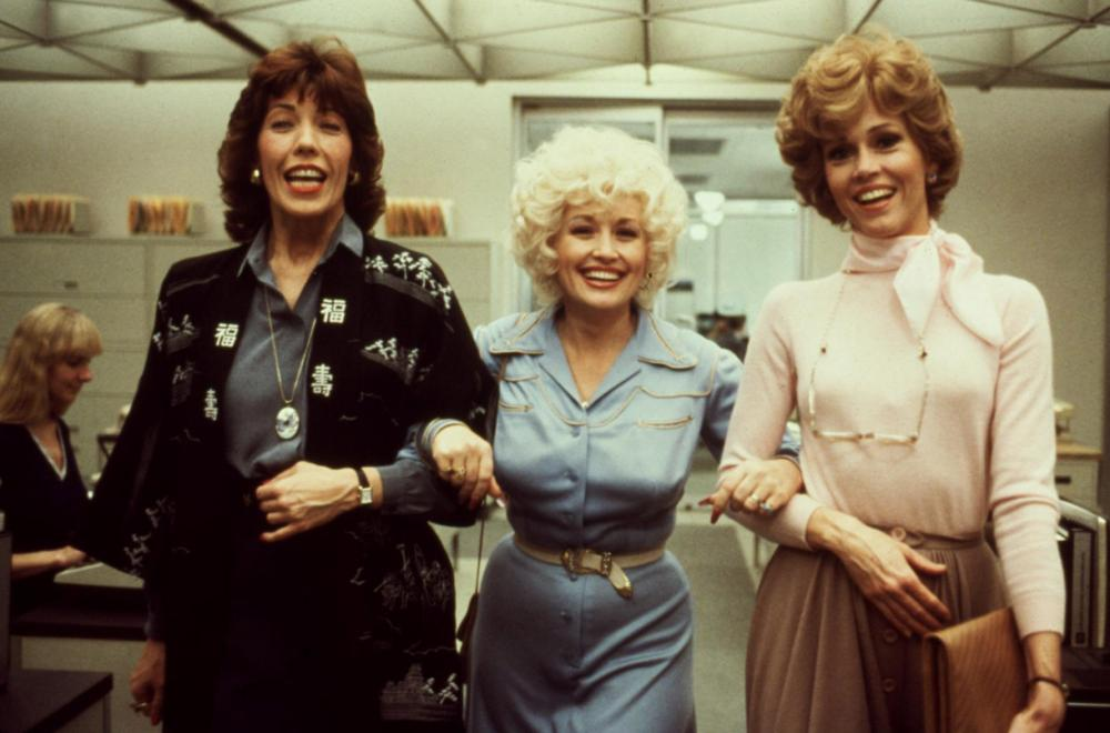 NINE TO FIVE, (aka 9 TO 5), Lily Tomlin, Dolly Parton, Jane Fonda, 1980. TM and Copyright © 20th Century Fox Film Corp. All rights reserved..