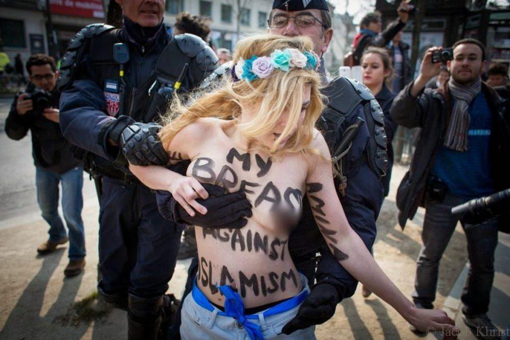 femen-parigi-16