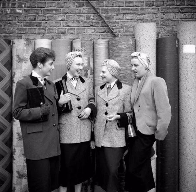 teddy-girls-in-london-1955-3
